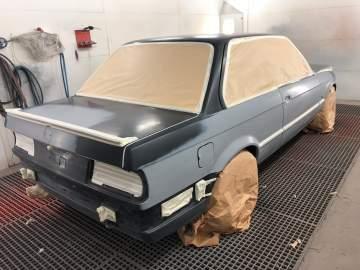 BMW E30 RESTAURATION PEINTURE COMPLETE