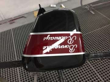 Peinture Triumph Bonneville déco Cafe Racer en mat