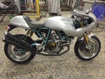 Peinture moto DUCATI Paul Smart Cafe Racer Nantes 44
